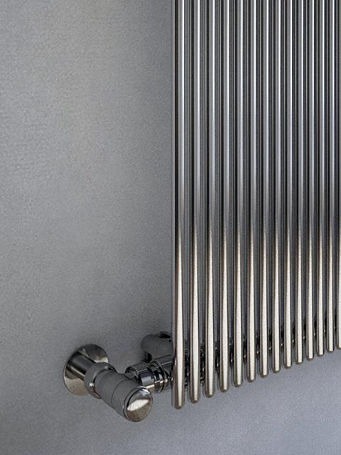 chrom heizk rper agatha vertikal heizk rper senia. Black Bedroom Furniture Sets. Home Design Ideas